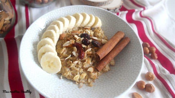 porridge,gruau,miel,épice,cannelle,muscade,vegan,