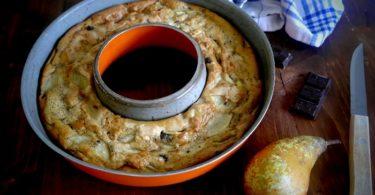 gâteau a la poire-recette-gateau-cake-savarin-poire-chocolat-pepite-simple-facile-moelleux-invisible-fondant