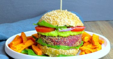 burger vegetarien-recette-vegetarien-steak vegetarien-betterave-burger-hamburger