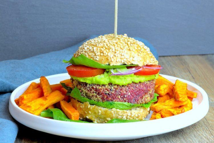 burger vegetarien-recette-vegetarien-steak vegetarien-betterave-burger-hamburger