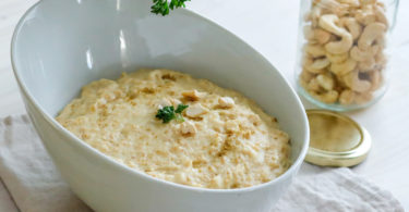 recette-porridge salé-porridge de céleri-noix de cajou-parmesan -fromage-healthy-plat complet-légume-flocon d'avoine-gruau