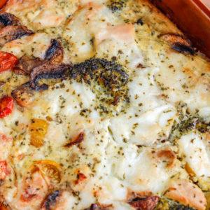 gratin de poulet brocolis-recette healthy-gratin de poulet-gratin au poulet-quiche sans pate-facile-rapide-mozza-mozzarella-brocolis-legume-tomate-viande-fromage