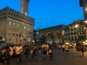 Piazza della Signoria-article Florence