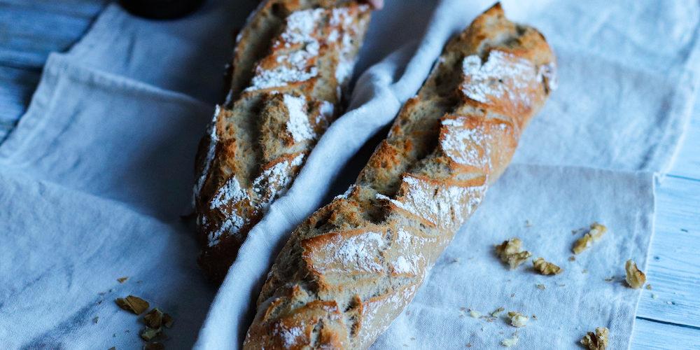 pain aux noix-pain-sans petrissage-healthy-noix-cannelle-epice-sucre-boulangerie