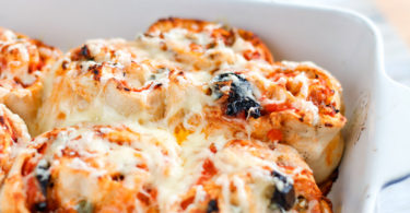 recette healthy-pizza role-tomate-olive-capre