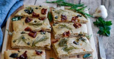 recette healthy-pain-italie-tomate-romarin-herbe aromatique-focaccia-foccacia
