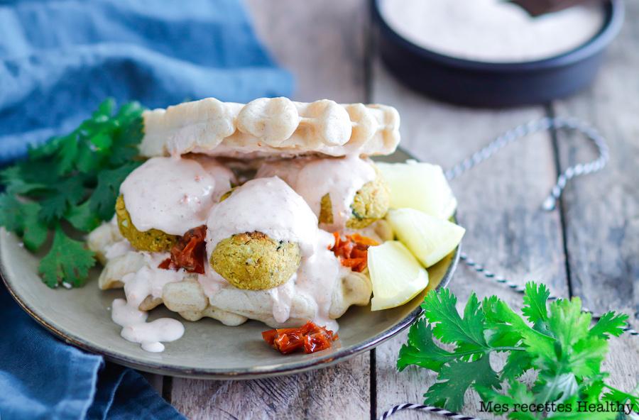 recette healthy-sandwich-gaufre-falafel-sauce yaourt-tomate