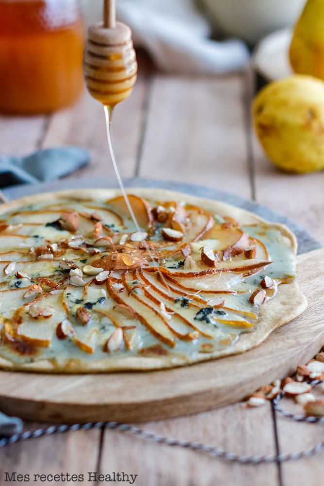 recette Healthy-tarte fine-tarte poire-fromage-bleu-roquefort-miel-amande
