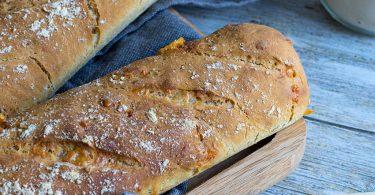 recette healthy-pain au maïs-fromage-tomme de montagne-par de queijo