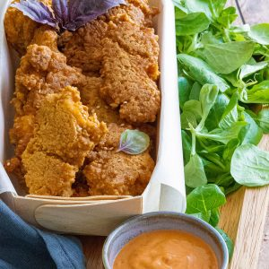 recette healthy-poulet pané-sauce tomate-herbe-nuggets