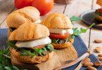 recette healthy-burger à la tomate-mozzarella-pesto maison
