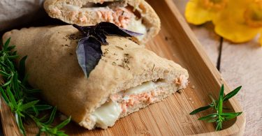 recette healthy-mini fougasse-pizza-saumon-mozzarella