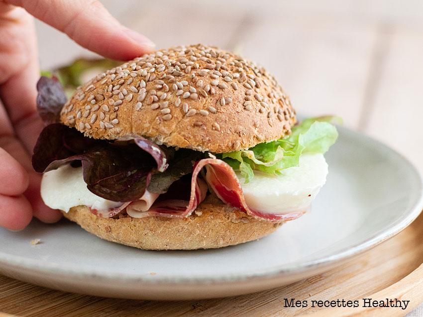recette healthy-burger à la coppa-mozzarella-pesto-pesto maison-jambon-sandwich
