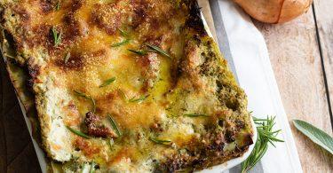 recette healthy-lasagne de courgette-pesto-parmesan-legume