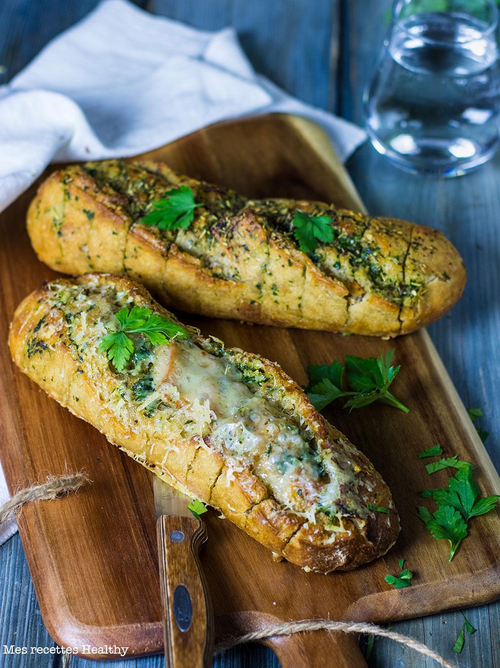 recette healthy-pain apéritif-aero-beurre-ail-comte-fromage