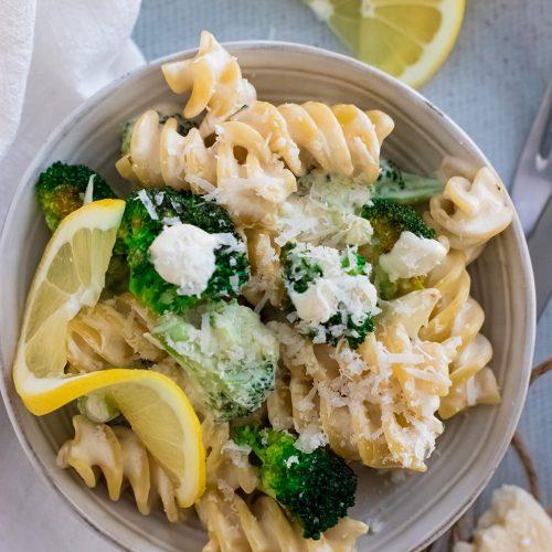 recette healthy-pate au brocolis-legume-fromage-parmesan