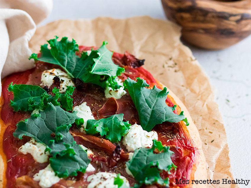 recette healthy-pizza naan-chevre-jambon sec