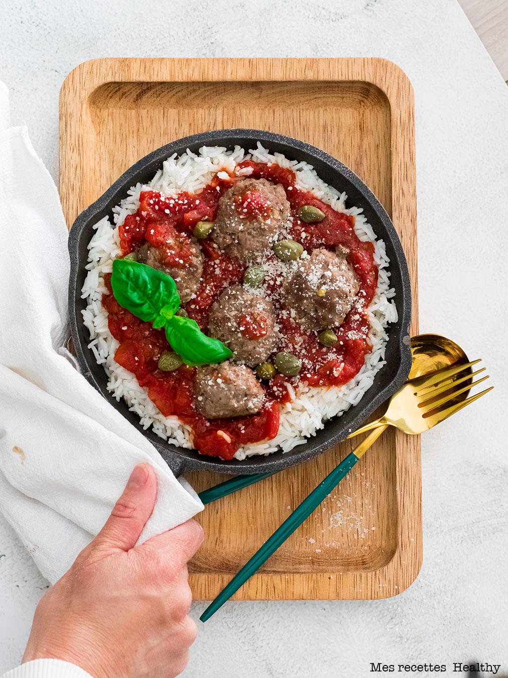 Boulette de viande à la sauce tomate facile et rapide
