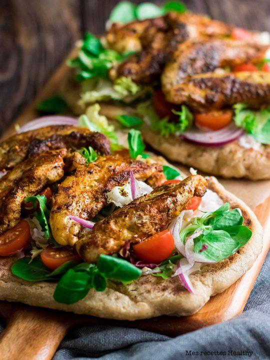 recette healthy-poulet grillé-epice-sauce yaourt-sandwich-naan