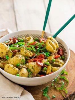 Salade de pâte au pesto et légumes grillés